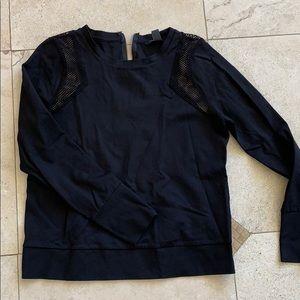 Black mesh detail with 1/4 zipper design on back